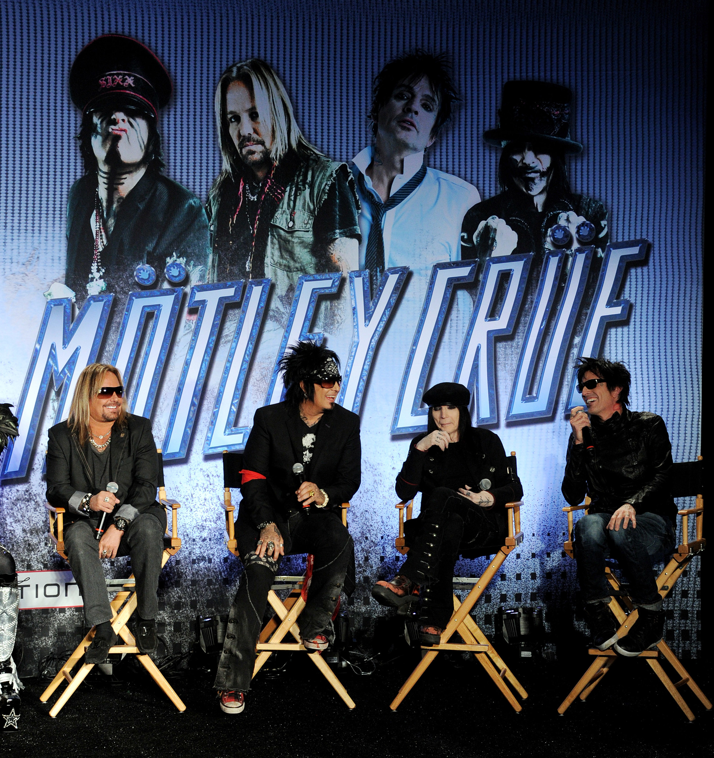 motley divorced singles Lee came back once with motley crüe to go  the cd featured as a soundtrack to the book and includes the singles,  tommy lee's current artistic endeavors.