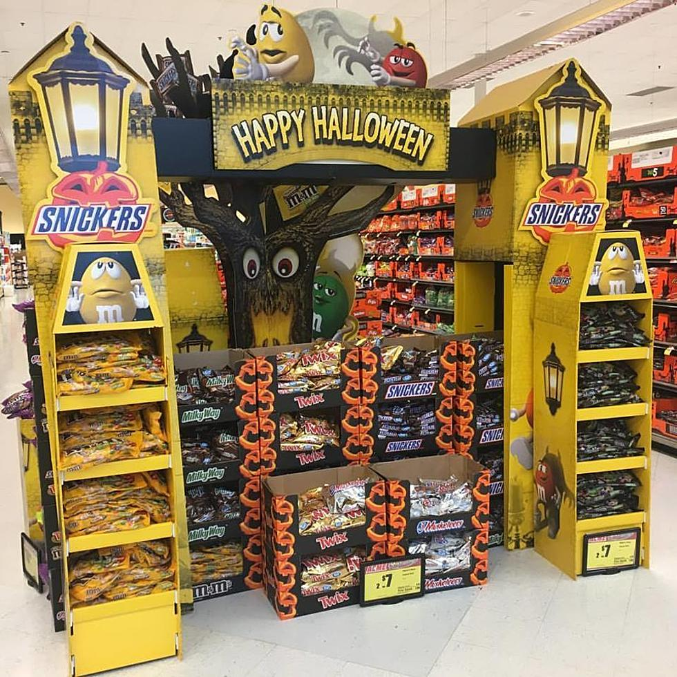 new jersey supermarket already puts up halloween display - Nj Halloween Stores